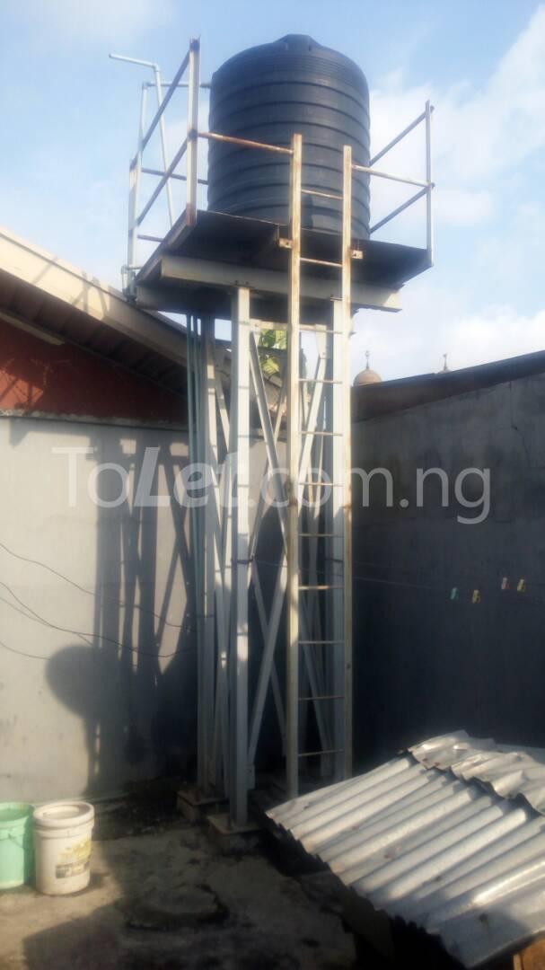 2 bedroom Flat / Apartment for rent - Randle Avenue Surulere Lagos - 7