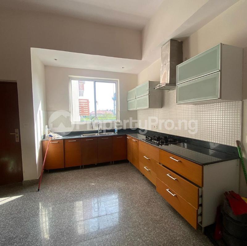 2 bedroom Flat / Apartment for sale Bayview Apartments Banana Island Banana Island Ikoyi Lagos - 8