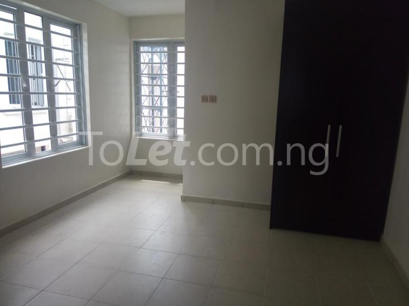 2 bedroom House for sale mini estate along Orchid Hotel Road chevron Lekki Lagos - 12