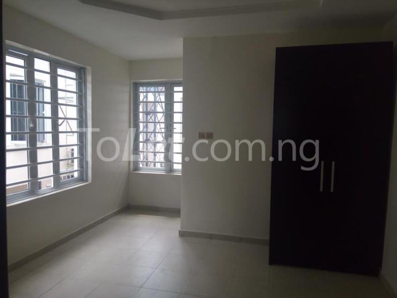 2 bedroom House for sale mini estate along Orchid Hotel Road chevron Lekki Lagos - 8