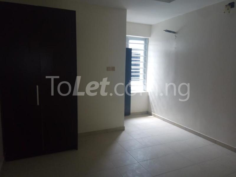 2 bedroom House for sale mini estate along Orchid Hotel Road chevron Lekki Lagos - 6