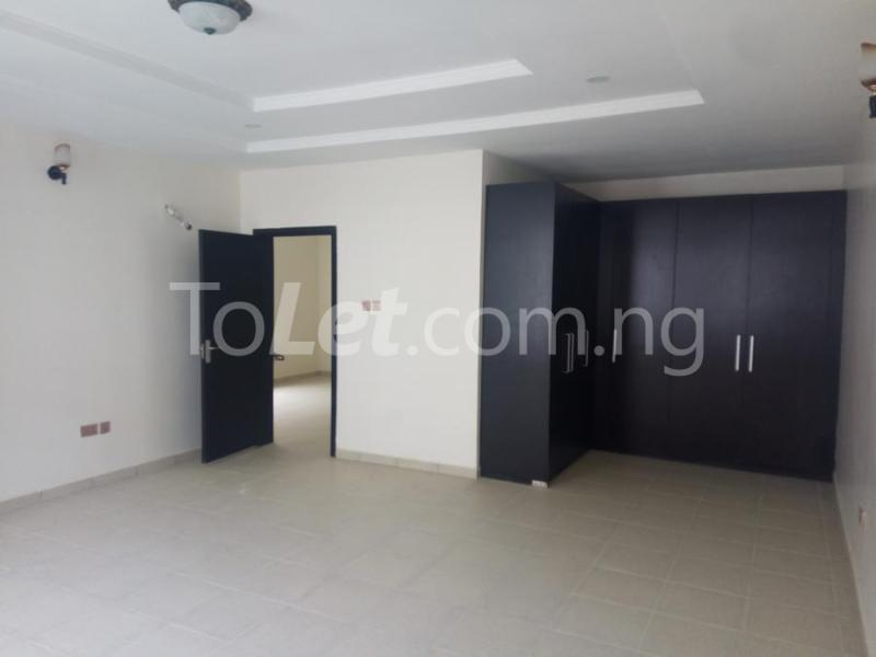 2 bedroom House for sale mini estate along Orchid Hotel Road chevron Lekki Lagos - 10