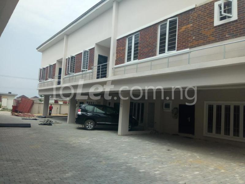 2 bedroom House for sale mini estate along Orchid Hotel Road chevron Lekki Lagos - 2