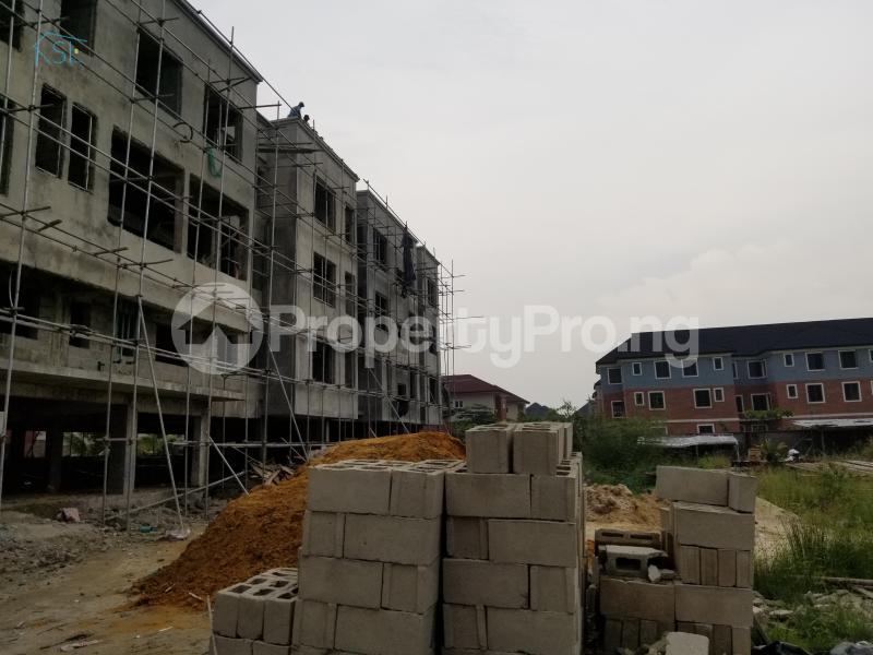 2 bedroom Flat / Apartment for sale Off fayemi strt canal west estate  Osapa london Lekki Lagos - 3