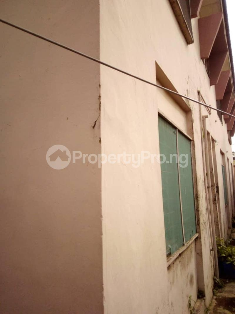 10 bedroom Blocks of Flats House for sale  oyedemi close to adetokun,ologuneru eleyele ibadan Ido Oyo - 4