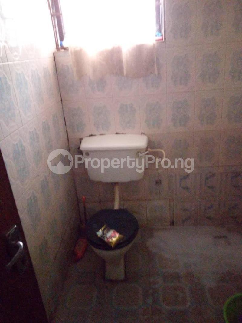 10 bedroom Blocks of Flats House for sale  oyedemi close to adetokun,ologuneru eleyele ibadan Ido Oyo - 11