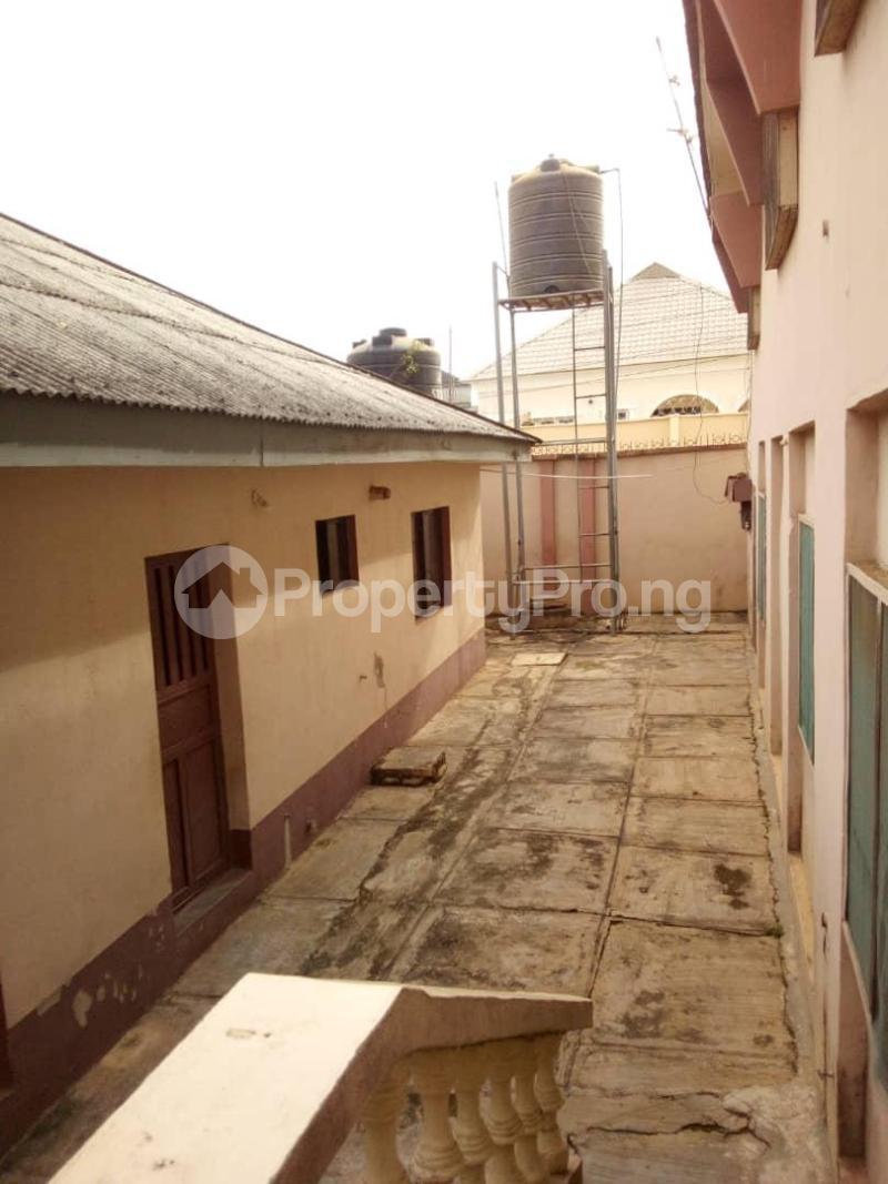 10 bedroom Blocks of Flats House for sale  oyedemi close to adetokun,ologuneru eleyele ibadan Ido Oyo - 14