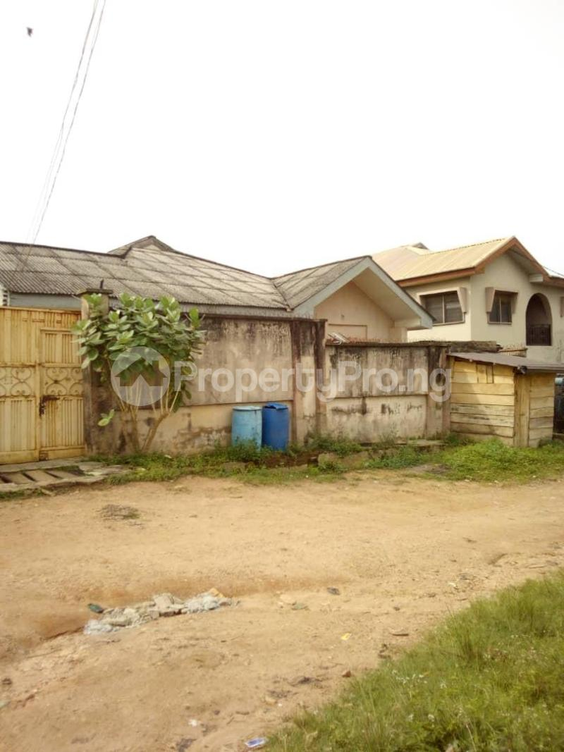 10 bedroom Blocks of Flats House for sale  oyedemi close to adetokun,ologuneru eleyele ibadan Ido Oyo - 6