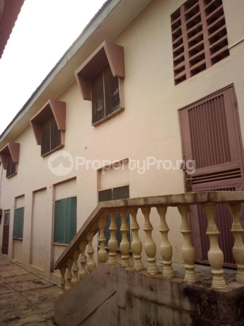 10 bedroom Blocks of Flats House for sale  oyedemi close to adetokun,ologuneru eleyele ibadan Ido Oyo - 5
