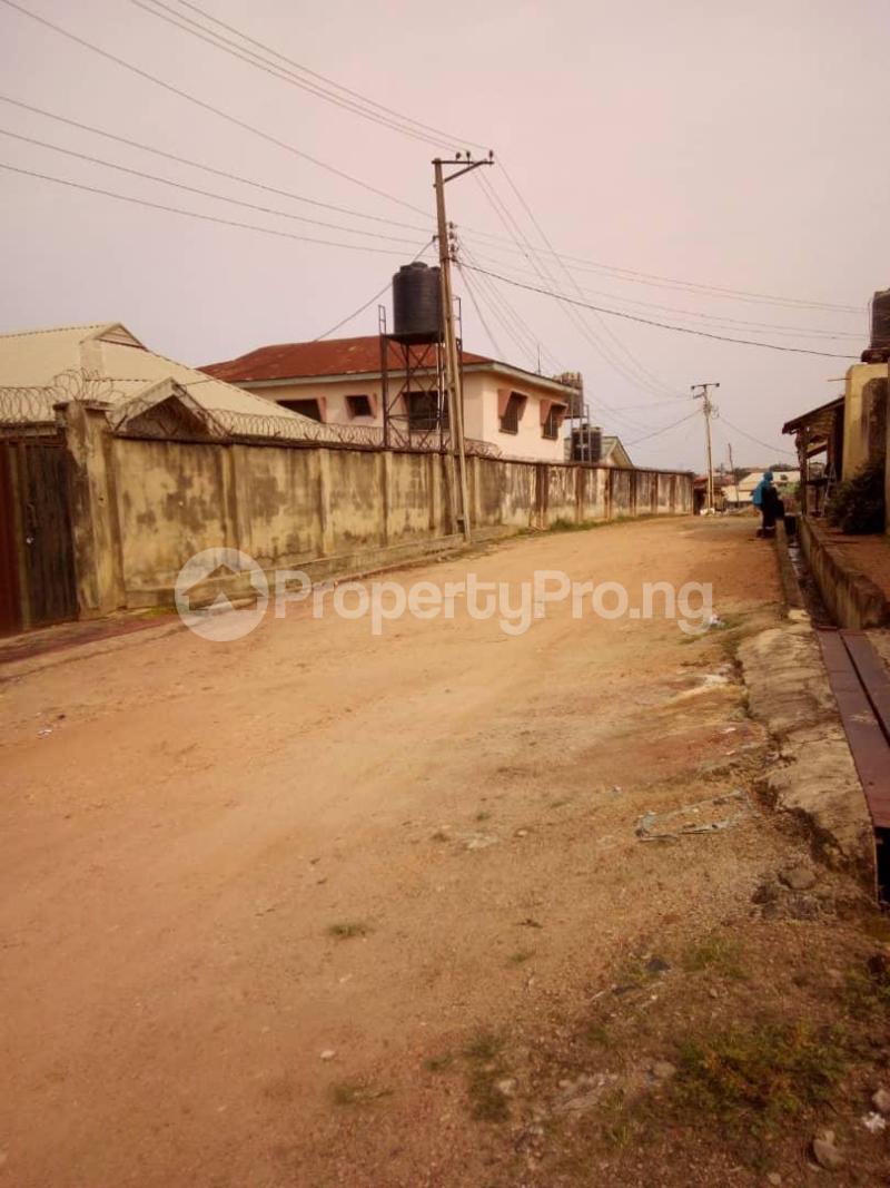 10 bedroom Blocks of Flats House for sale  oyedemi close to adetokun,ologuneru eleyele ibadan Ido Oyo - 10