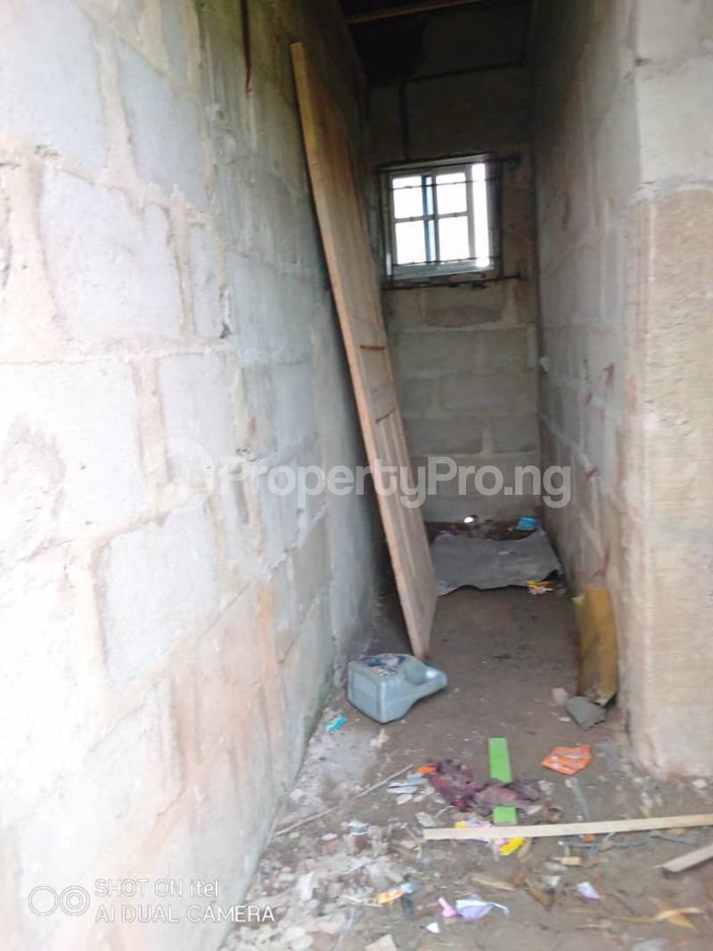 1 bedroom mini flat  Terraced Bungalow House for sale Agunfoye Igbogbo Ikorodu Lagos - 11