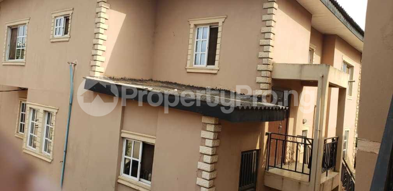 10 bedroom Semi Detached Duplex House for sale number 1 dejo dairo street behind total filling station adex bus stop monatan iwo road ibadan  Monatan Lagelu Oyo - 3