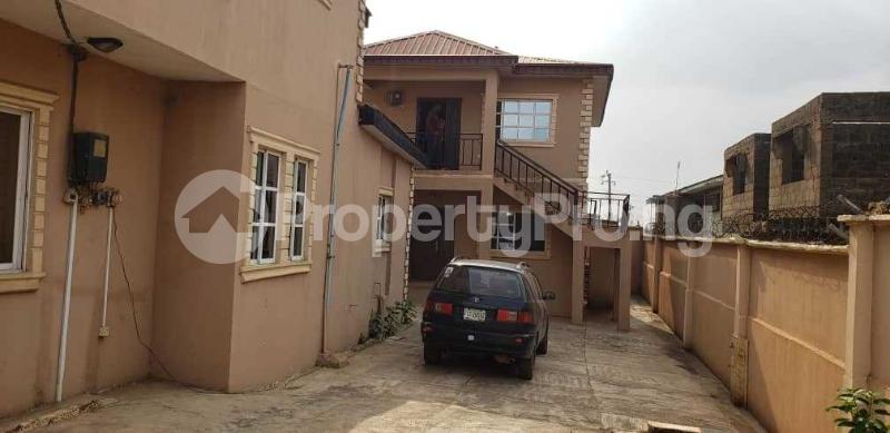 10 bedroom Semi Detached Duplex House for sale number 1 dejo dairo street behind total filling station adex bus stop monatan iwo road ibadan  Monatan Lagelu Oyo - 4