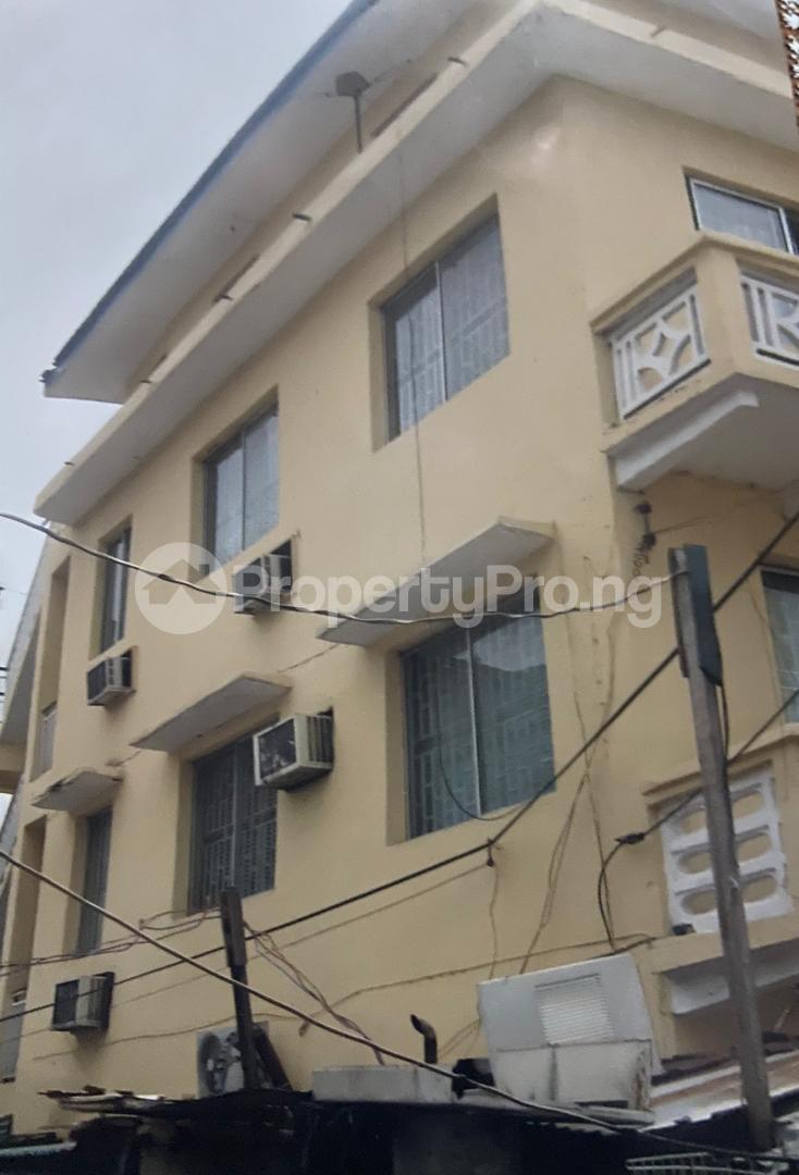 10 bedroom Blocks of Flats for sale Elegbeta Apongbon Lagos Island Lagos - 2