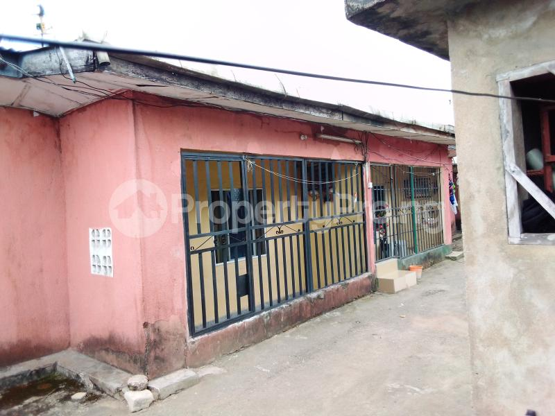 2 bedroom Shared Apartment for sale Atakpa Street Calabar Cross River - 1