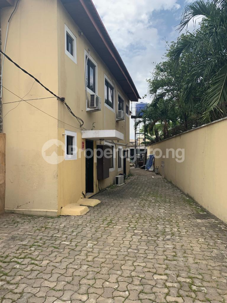 3 bedroom Blocks of Flats for sale Atunrase Estate Atunrase Medina Gbagada Lagos - 0