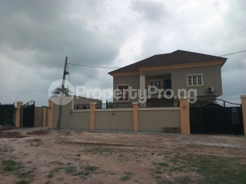 6 bedroom Blocks of Flats House for sale odonla area ijede  Ijede Ikorodu Lagos - 15