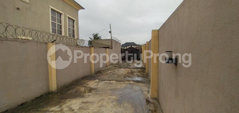 6 bedroom Blocks of Flats House for sale odonla area ijede  Ijede Ikorodu Lagos - 10