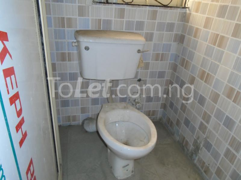 2 bedroom Flat / Apartment for rent - Ojuelegba Surulere Lagos - 8