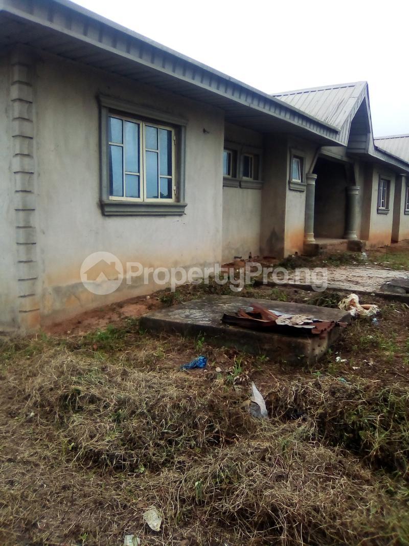 3 bedroom Blocks of Flats House for sale Oke Oko Isawo Road Ikorodu Isawo Ikorodu Lagos - 0