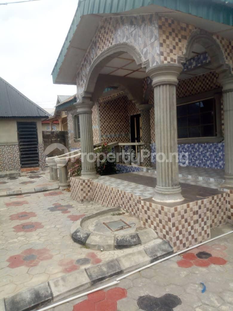 Flat / Apartment for sale First Gate Igoba After Saint Francis School Akure Ondo - 2