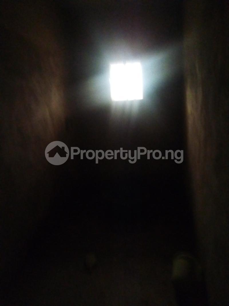 3 bedroom Blocks of Flats House for sale Oke Oko Isawo Road Ikorodu Isawo Ikorodu Lagos - 5