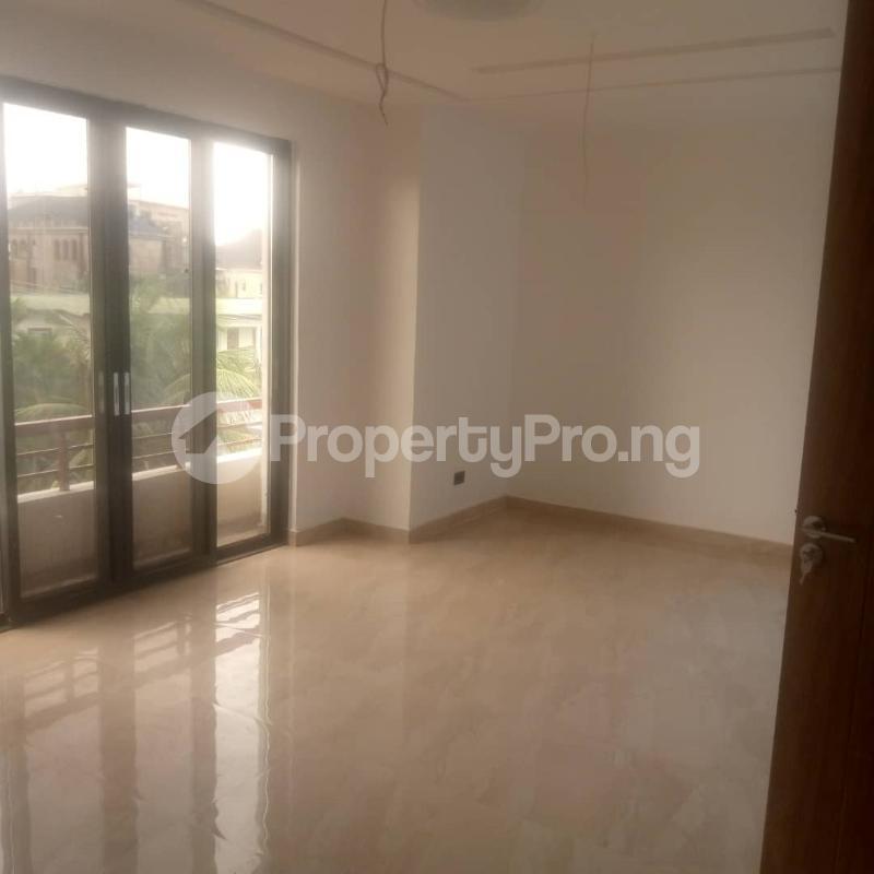 4 bedroom Semi Detached Duplex for sale S Shonibare Estate Maryland Lagos - 13