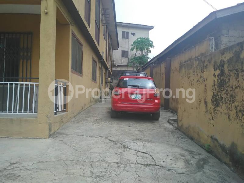 4 bedroom Flat / Apartment for sale Ikosi Ikosi-Ketu Kosofe/Ikosi Lagos - 1