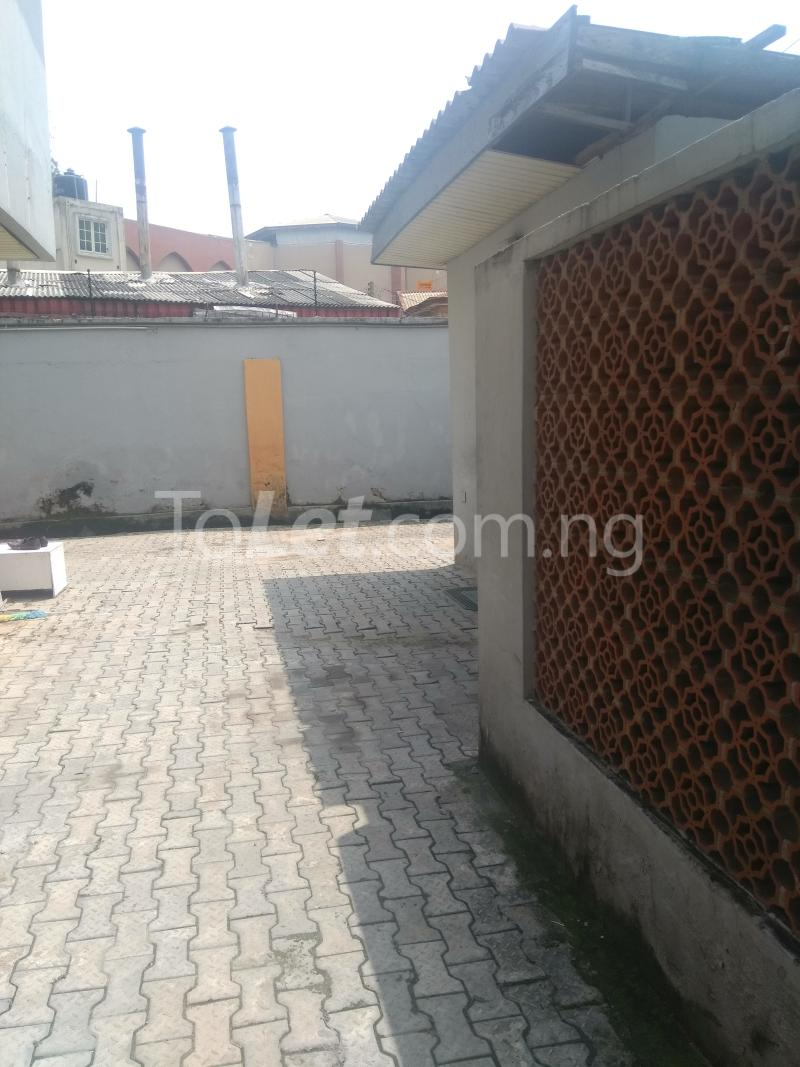 4 bedroom House for rent Emina Crescent Toyin street Ikeja Lagos - 1