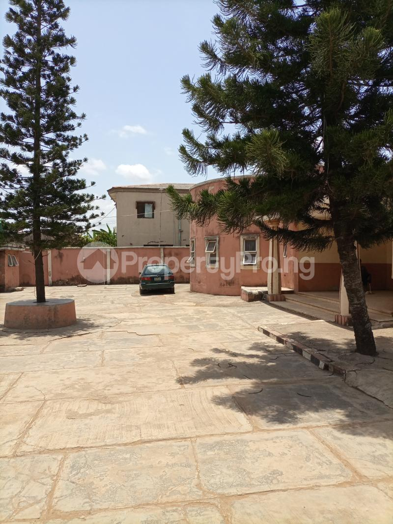10 bedroom Hotel/Guest House Commercial Property for sale Igando Ikotun/Igando Lagos - 5