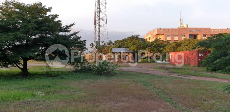 Commercial Land for sale Along Shehu Yar'adua Way. Kado Abuja - 3