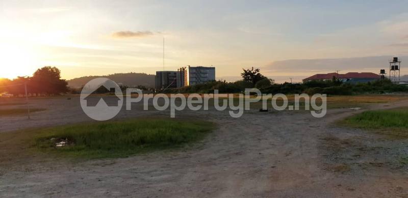 Commercial Land for sale Along Shehu Yar'adua Way. Kado Abuja - 5