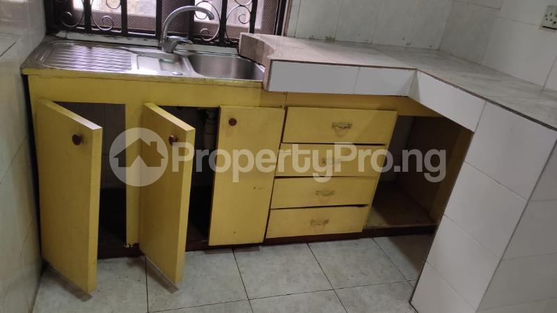 3 bedroom Flat / Apartment for rent Awuse Estate Opebi Ikeja Lagos - 20