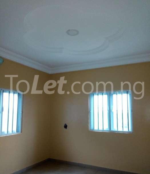 2 bedroom Flat / Apartment for rent Warri South, Delta Warri Delta - 4