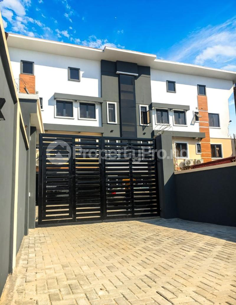 2 bedroom Shared Apartment for shortlet Address For This Place Is Oyekan Close, Opp Updc Estate Rd, Off White Sand School Rd(whitesand Street, Lekki) .by Elf Busstop. Lekki Phase 1. The Best Way To Get There Is To Get To Lekki Phase 1(oniru Side) Lekki Phase 1 Lekki Lagos - 1