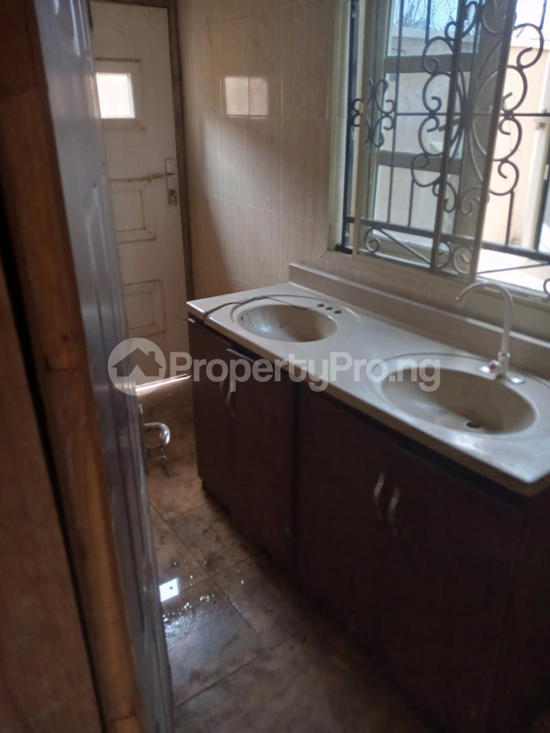 2 bedroom Flat / Apartment for rent Heritage estate Akala Express Ibadan Oyo - 3
