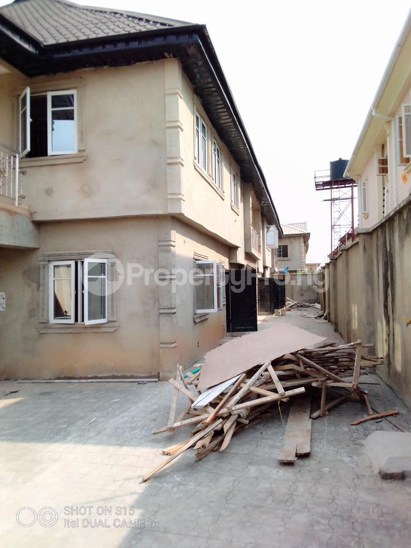 2 bedroom Flat / Apartment for rent Igbooluwo estate Jumofak Ikorodu Lagos - 3