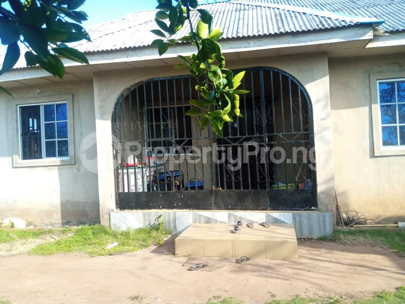 2 bedroom Detached Bungalow House for sale Itolu Community, Opposite Federal Polytechnic Ilaro Beautiful Gate. Yewa South Yewa Ogun - 3