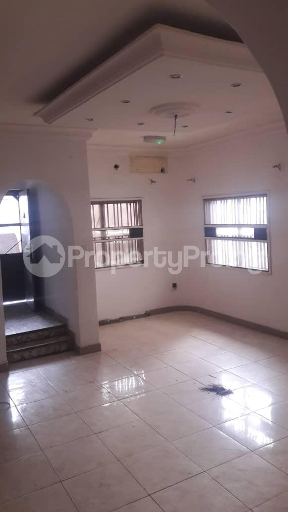 1 bedroom Flat / Apartment for rent Off Owuokori Street ,alaka Estate Alaka Estate Surulere Lagos - 2