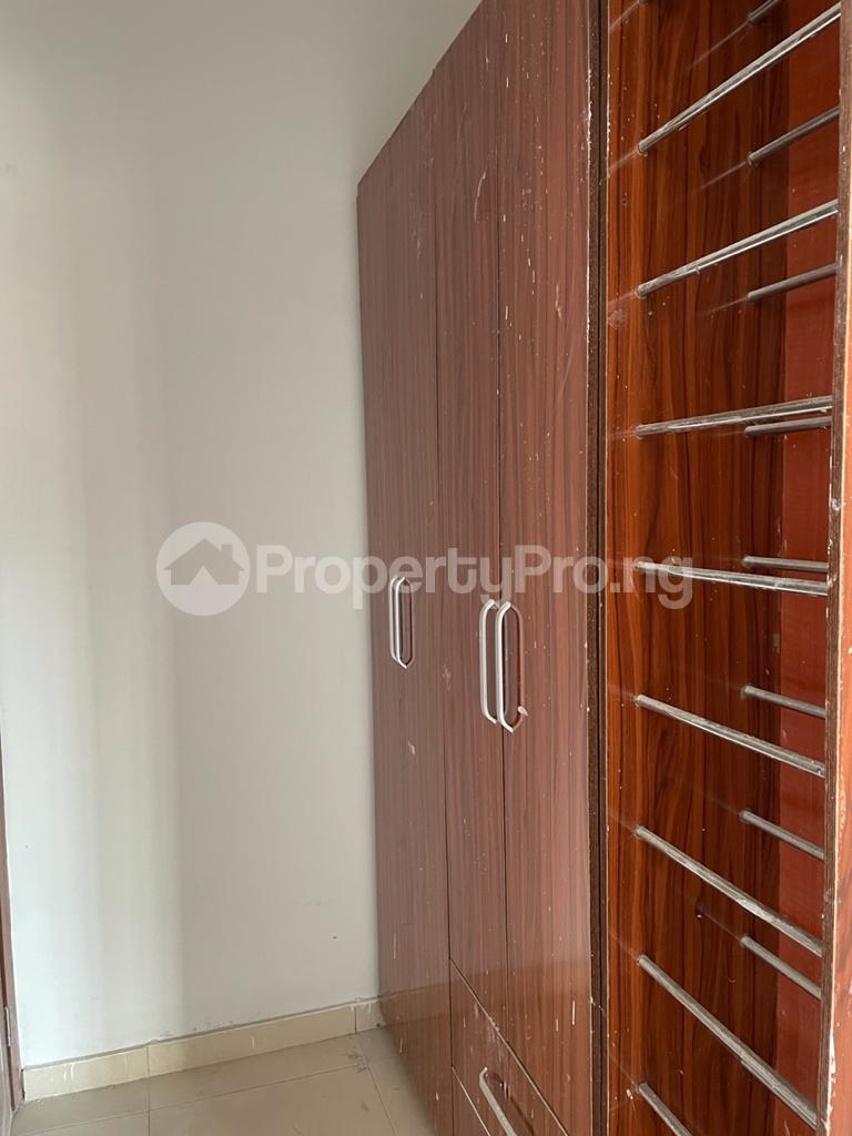 2 bedroom Flat / Apartment for sale Behind Enyo Filling Station, Chisco Bustop Ikate Lekki Lagos - 0