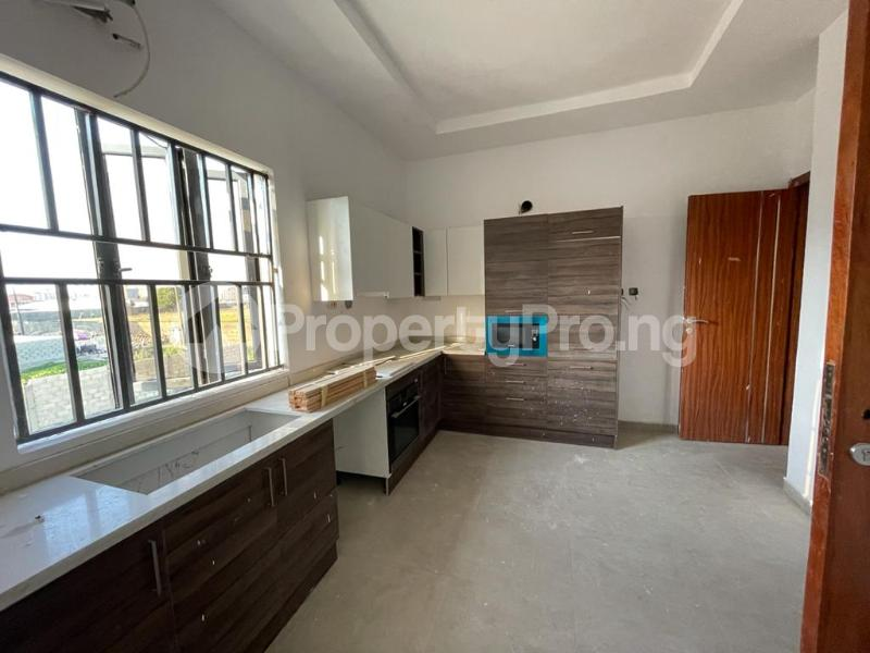 2 bedroom Flat / Apartment for sale Behind Enyo Filling Station, Chisco Bustop Ikate Lekki Lagos - 14