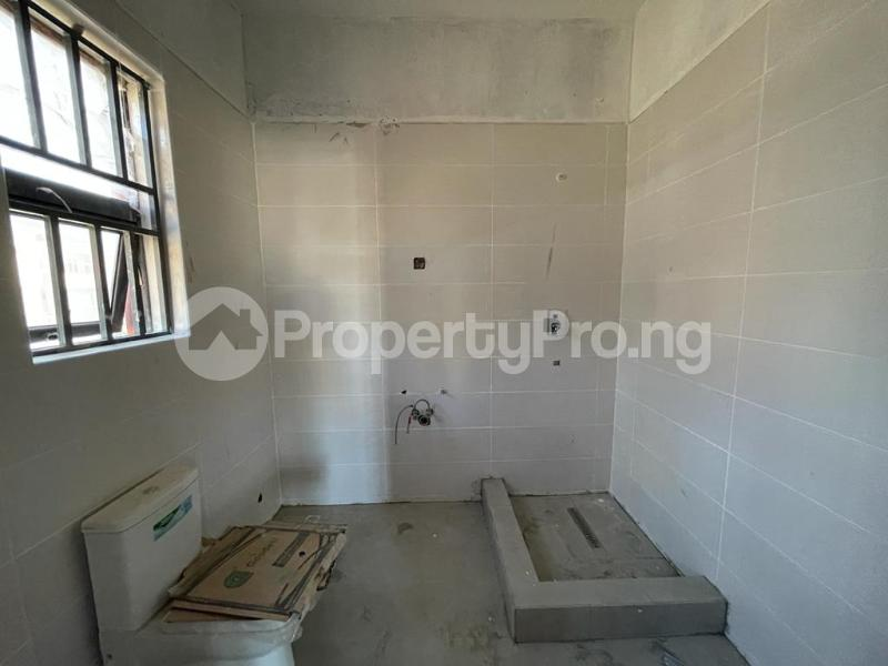 2 bedroom Flat / Apartment for sale Behind Enyo Filling Station, Chisco Bustop Ikate Lekki Lagos - 4