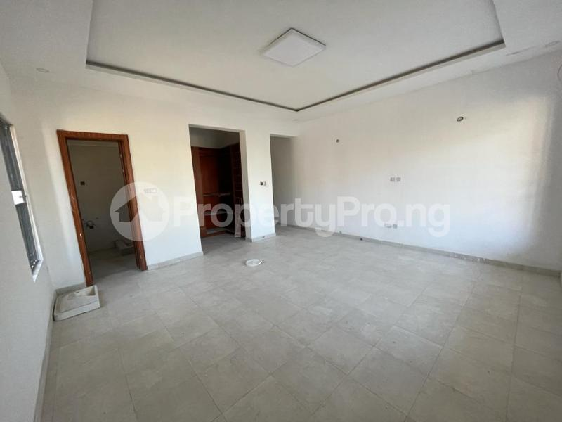 2 bedroom Flat / Apartment for sale Behind Enyo Filling Station, Chisco Bustop Ikate Lekki Lagos - 2