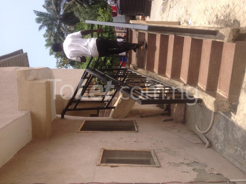 2 bedroom Flat / Apartment for rent OFF ALPHA BEACH ROAD Igbo-efon Lekki Lagos - 1
