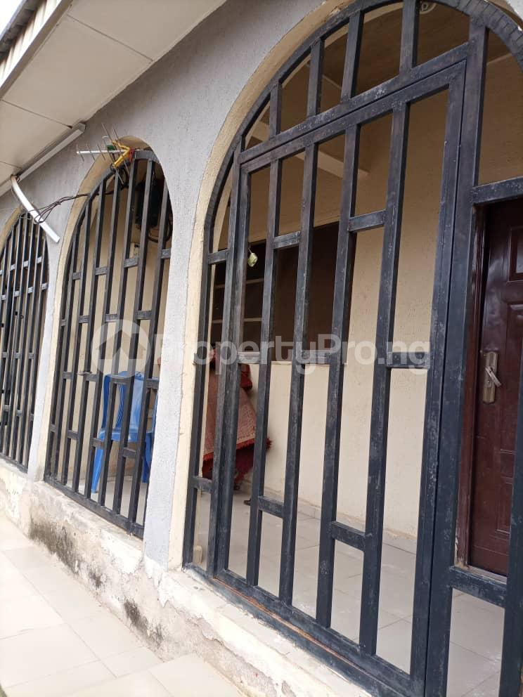 Semi Detached Bungalow for sale Located Off Second Ugbor, Off Trinity Road, Close To Osunde Foundation House. G.r.a Oredo Edo - 4