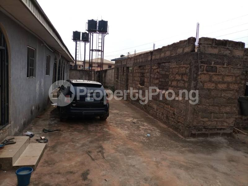 Semi Detached Bungalow for sale Located Off Second Ugbor, Off Trinity Road, Close To Osunde Foundation House. G.r.a Oredo Edo - 5