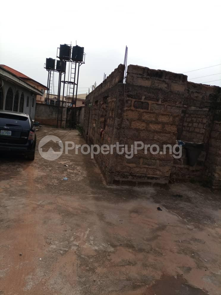 Semi Detached Bungalow for sale Located Off Second Ugbor, Off Trinity Road, Close To Osunde Foundation House. G.r.a Oredo Edo - 3