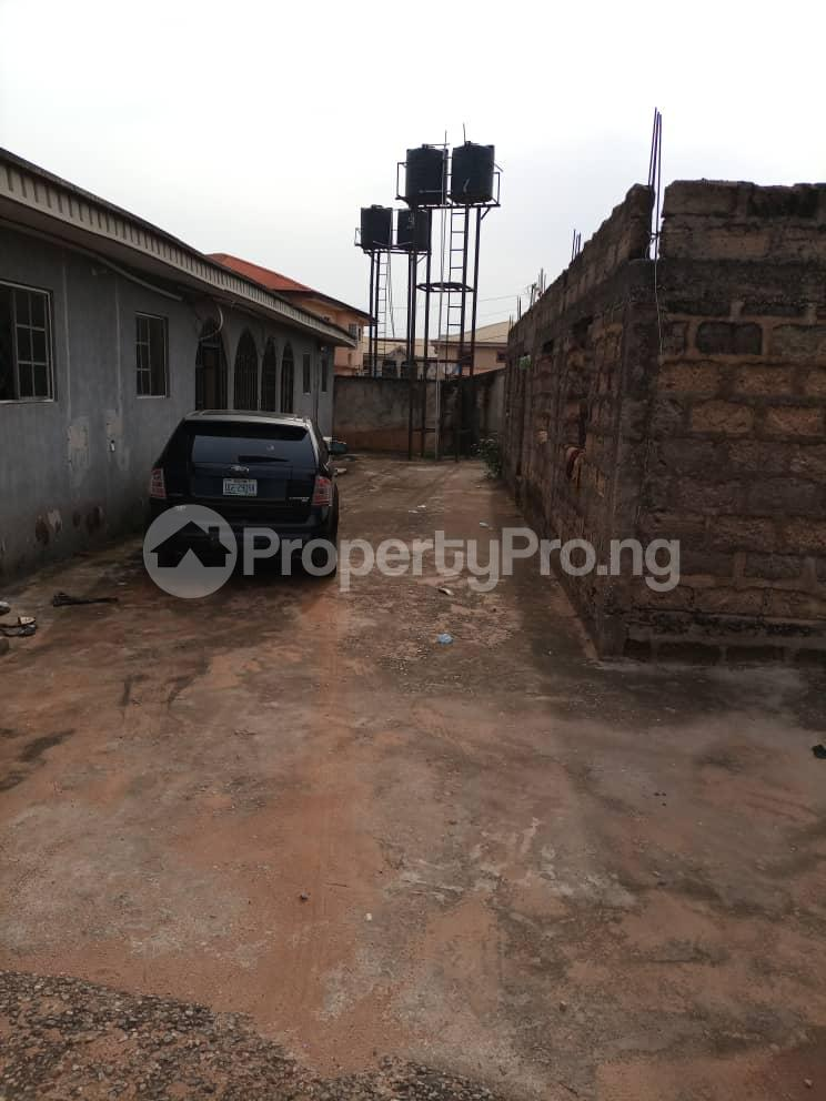 Semi Detached Bungalow for sale Located Off Second Ugbor, Off Trinity Road, Close To Osunde Foundation House. G.r.a Oredo Edo - 1
