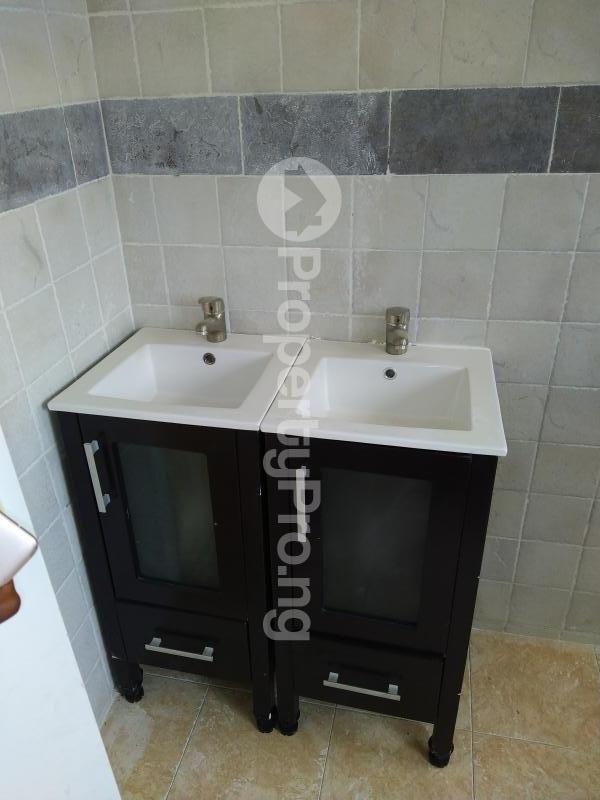 5 bedroom Semi Detached Duplex House for sale New Road Lekki Lagos Ikate Lekki Lagos - 17