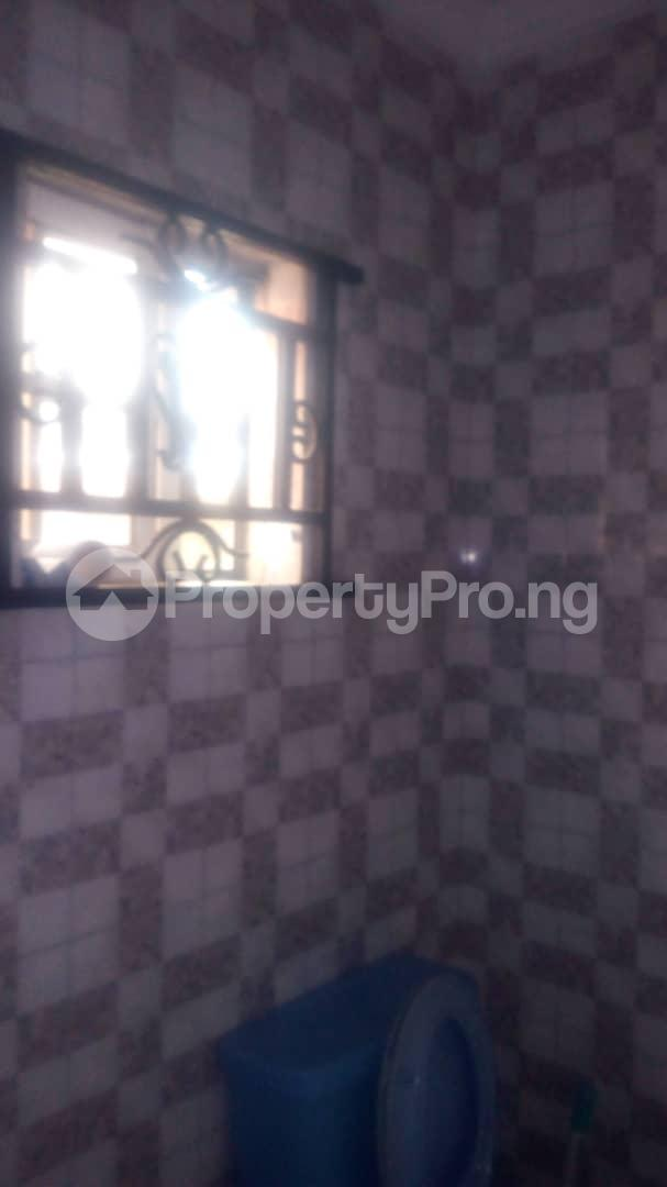 3 bedroom House for sale Close to yabateck Shomolu Shomolu Lagos - 7